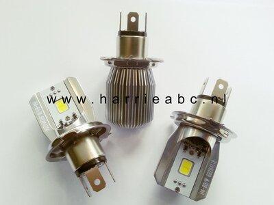 Voorlamp H4 (P43T) met groot en dimlicht led DC 6 en 12 volt systemen in Wit 800 lum. (456290)