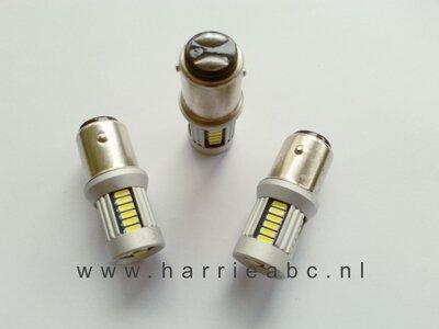 BAY15D 30 SMD leds 6 volt gelijkstroom massa  pos. (21/5 watt) in rood. (BAY15D.21/5.30.OR.03.POS)