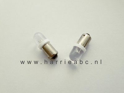 BA9S 12 volt led 5 watt DC wit met blauwe gloed. (12.BA9S.05.BW.15)