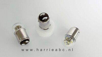 BAY15D 18/4 12 ledjes DC (gelijkstroom) massa negatief led 6 volt in wit, warm wit, rood en amber