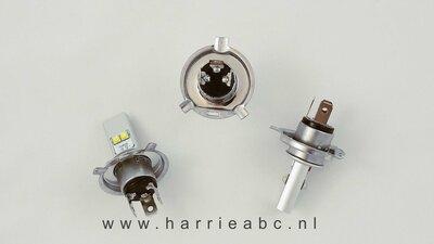 Voorlamp H4 (P43T) met groot en dimlicht led DC 6 en 12 volt systemen in Wit 40 Watt  800-1600 lum.