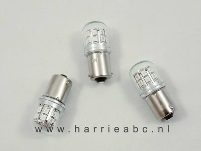 BA15S 6 t/m 12 volt gelijkstroom (DC) massa negatief en positief 21 watt 18 leds kleine bol in diverse kleuren ( 6/12.BA15S.18.KLEIN.21.OO.41 )