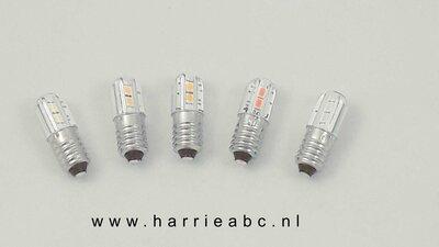 E10 12 volt 5 watt in diverse kleuren. (12.E10.05.OO.41)